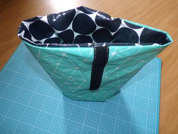 lunchbag nähen innentasche in außentasche stecken